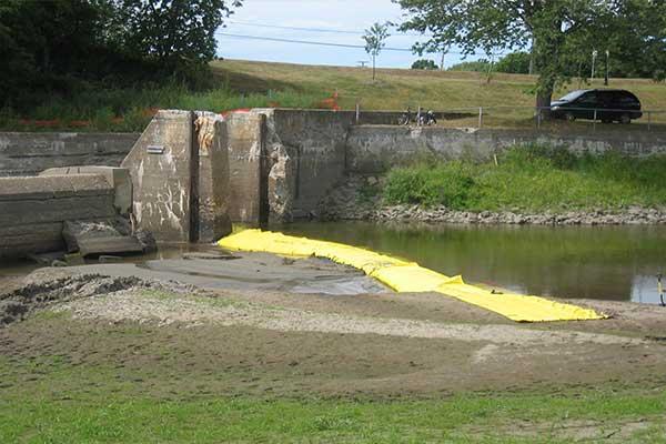 ataguía para el mantenimiento de la ribera