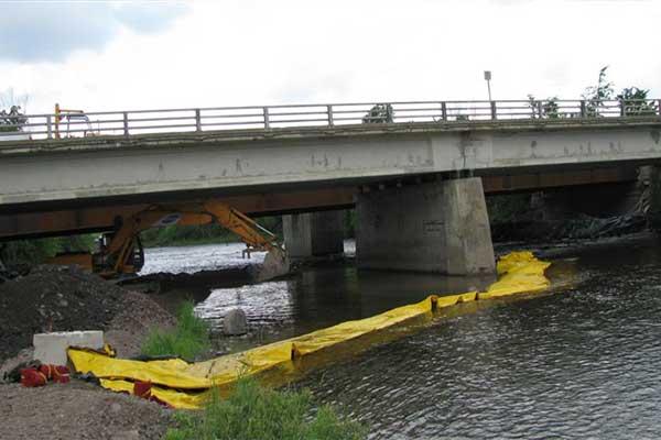 ataguía en alcantarilla de obras fluviales