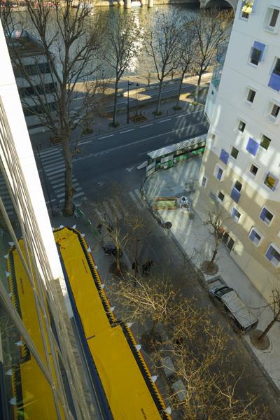 protección contra inundaciones en el borde del Sena París